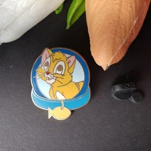Disney Oliver and Company Pin